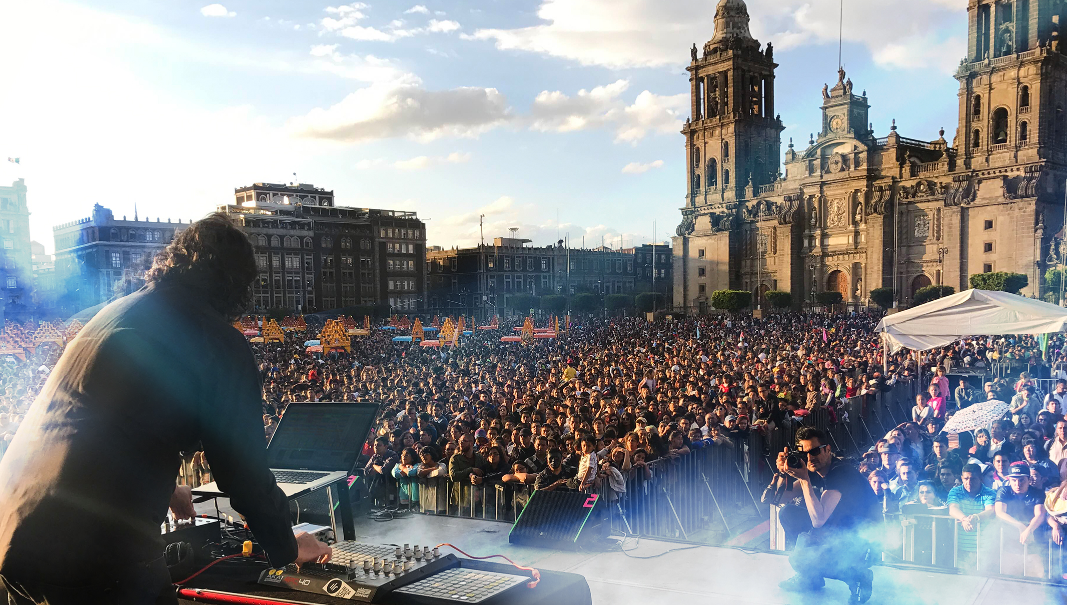"B-Liv live @ ""The Zocalo Capitalino"" , Mexico City."